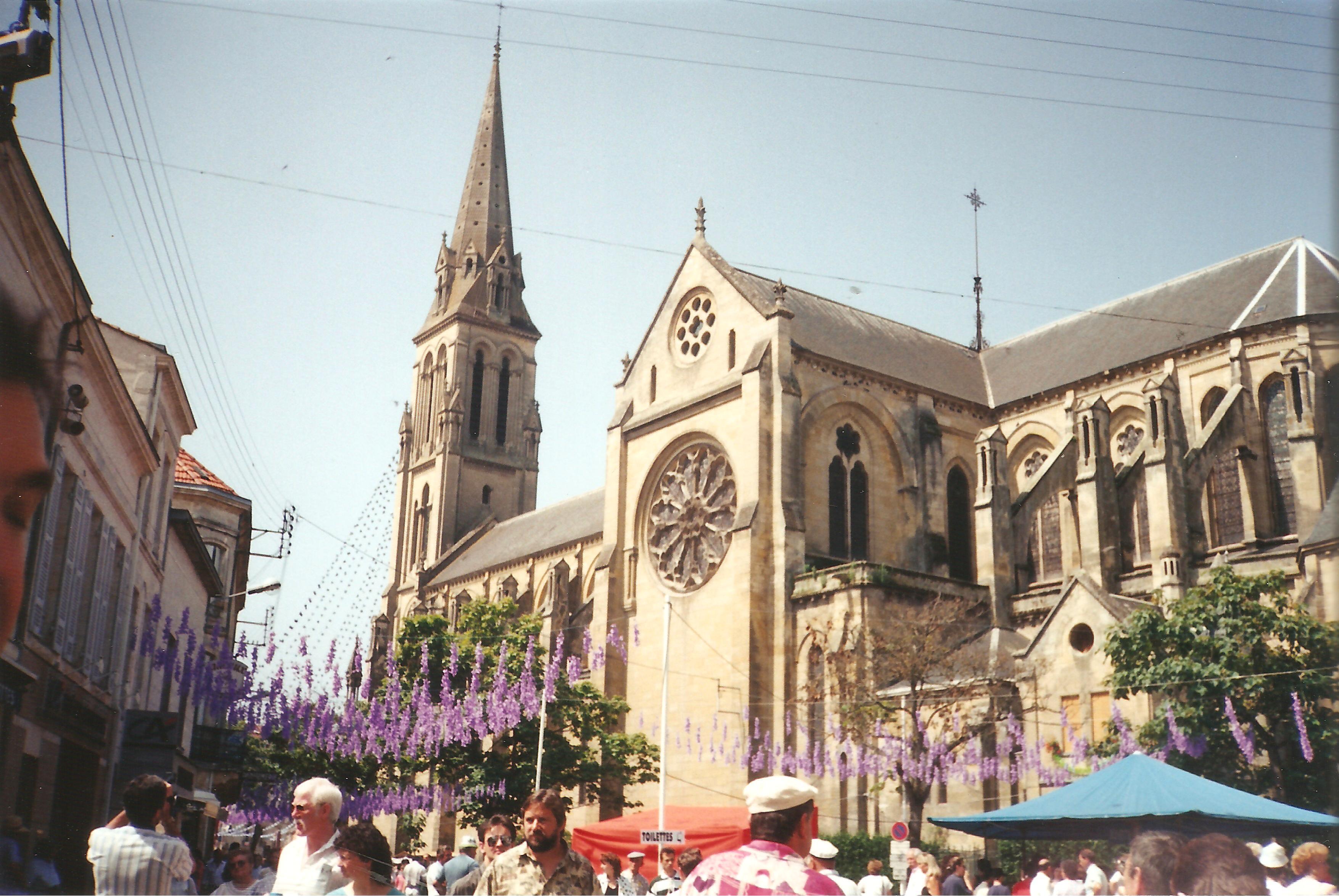 file Église notre dame de bergerac 1 1993 jpg wikimedia commons