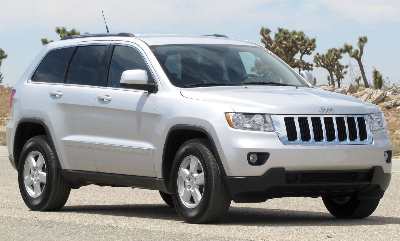 Description 2011 Jeep Grand Cherokee Laredo -- NHTSA 2.jpg