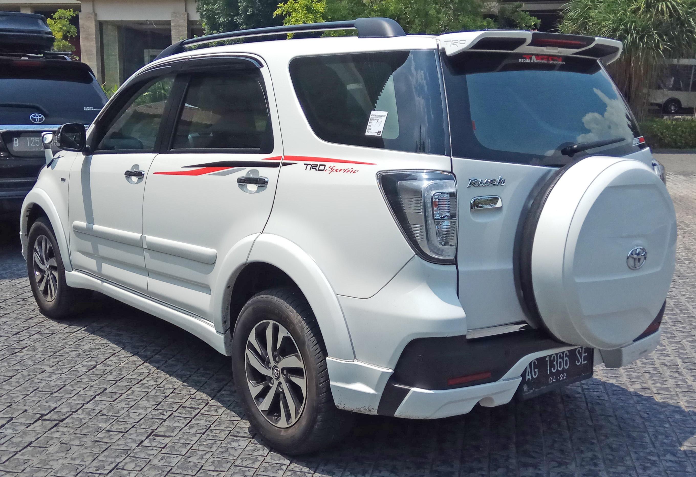 Kelebihan Toyota Rush 2017 Murah Berkualitas