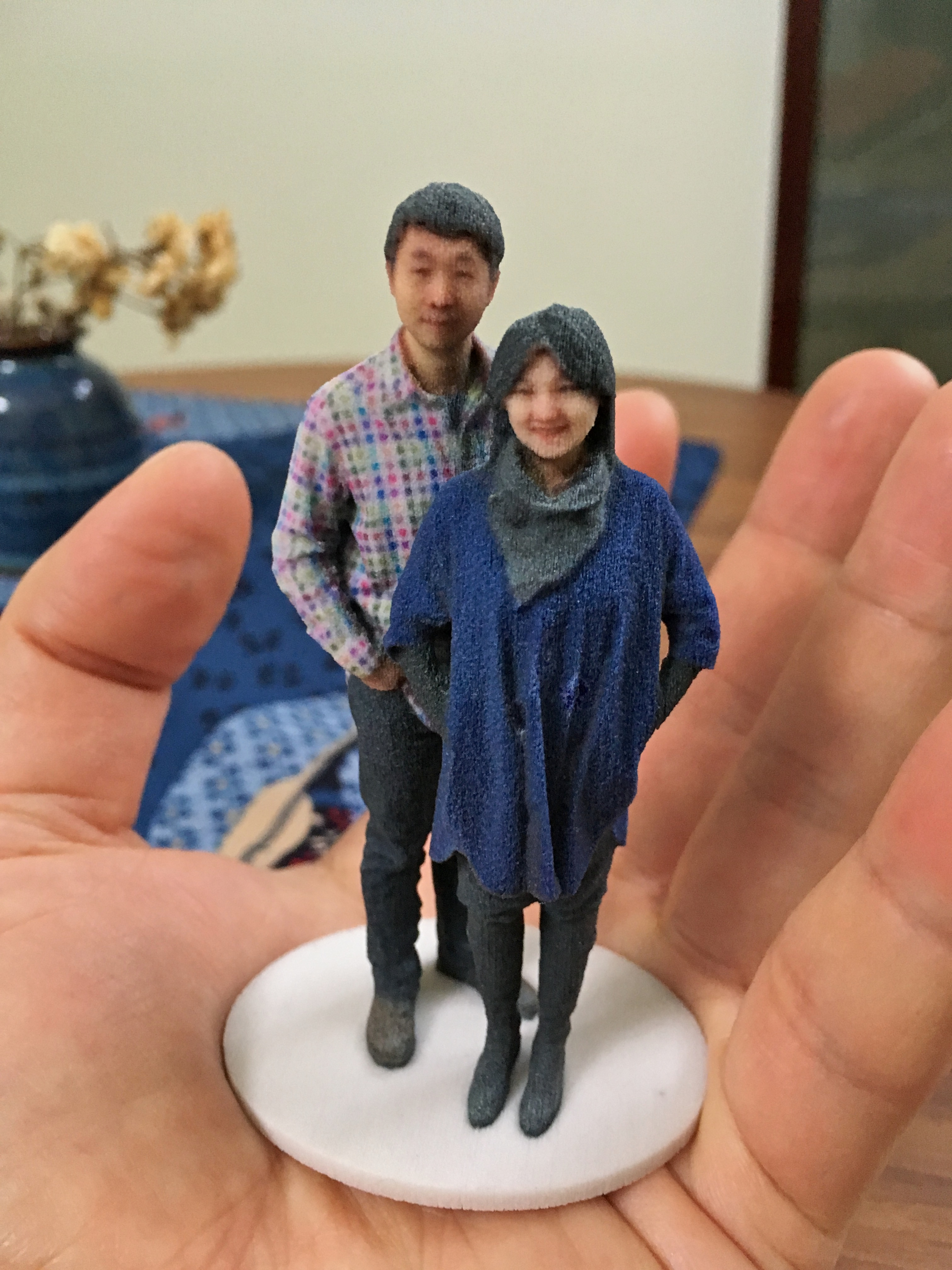 3d Printing Wikipedia Https Docsgooglecom Fileiddqs3sg60hj4h624vb A Selfie In 120 Scale Printed By Shapeways Using Gypsum Based