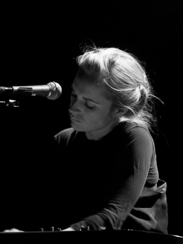 Photo of Agnes Obel