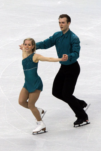 Bestand:Anabelle Langlois Cody Hay at the 2010 Olympics (1).jpg