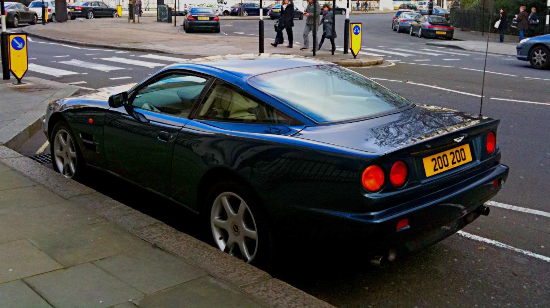 Aston Martin V8 1996 Wikiwand