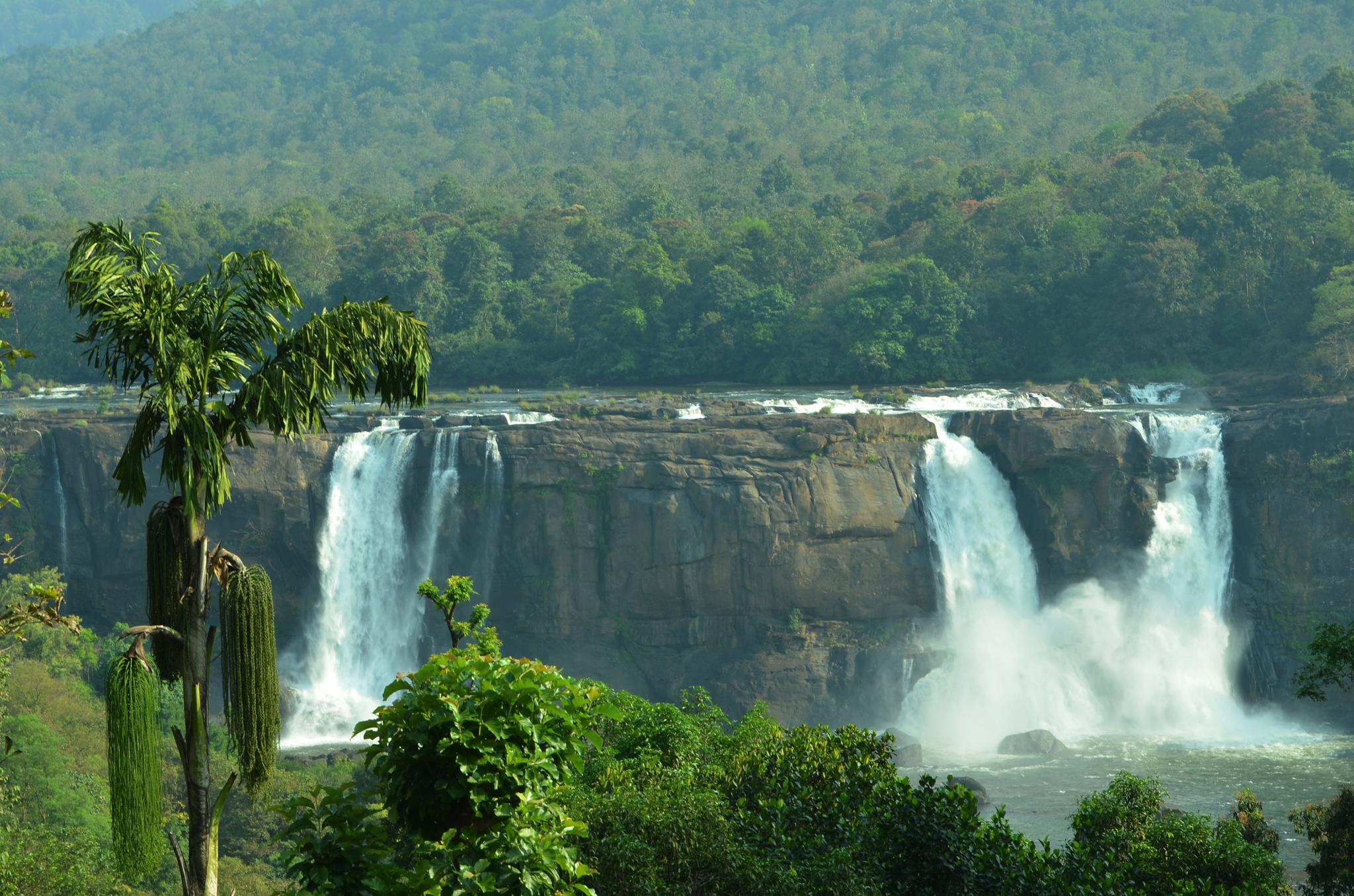 File:Athirappilly Waterfalls 2.JPG - Wikimedia Commons