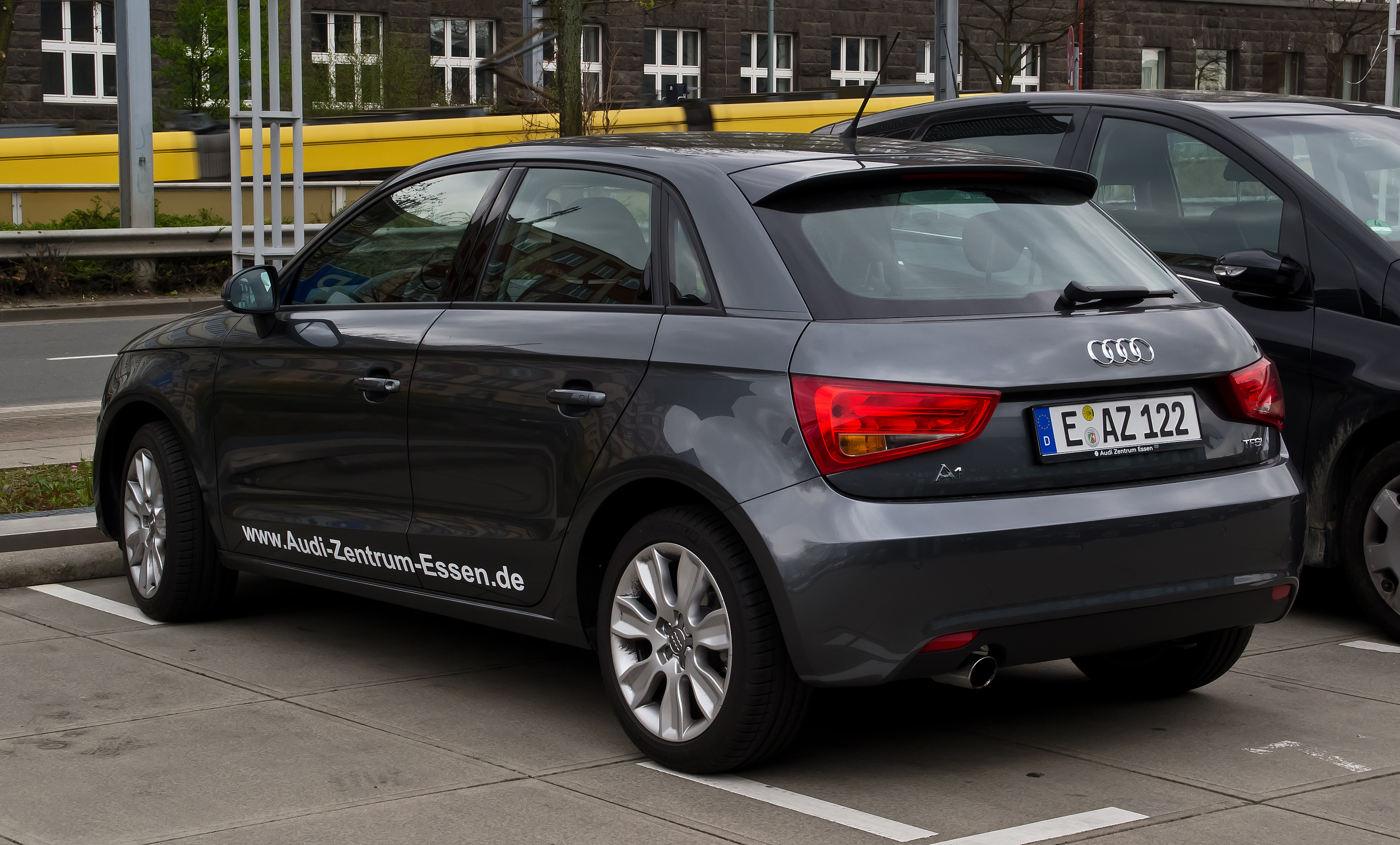 file audi a1 sportback 1 2 tfsi ambition heckansicht 1. Black Bedroom Furniture Sets. Home Design Ideas