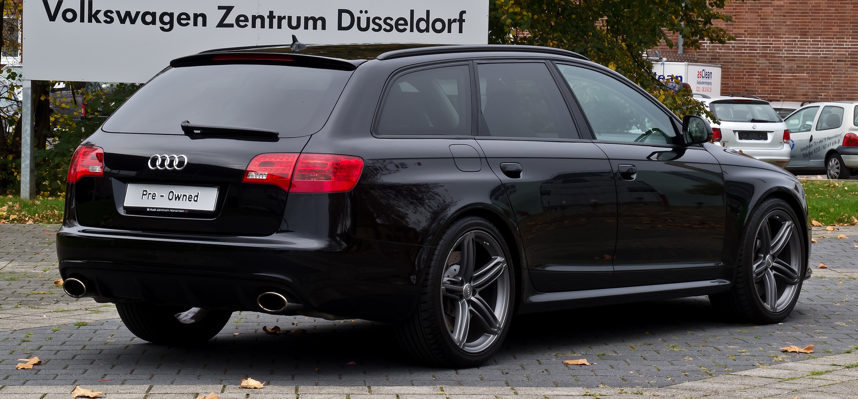 file audi rs 6 avant c6 heckansicht 1 26 oktober 2012 d wikimedia commons. Black Bedroom Furniture Sets. Home Design Ideas