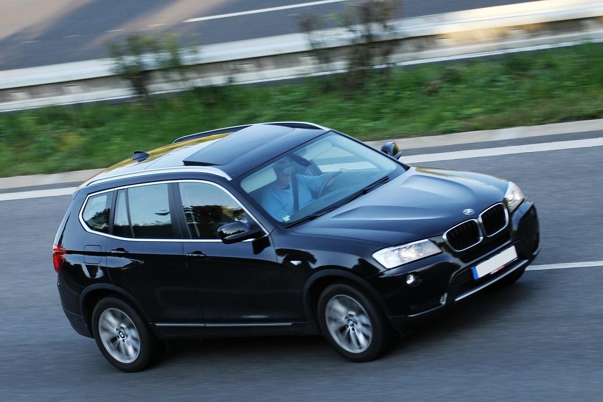 abbastanza File:BMW X3 F25.JPG - Wikimedia Commons UC41