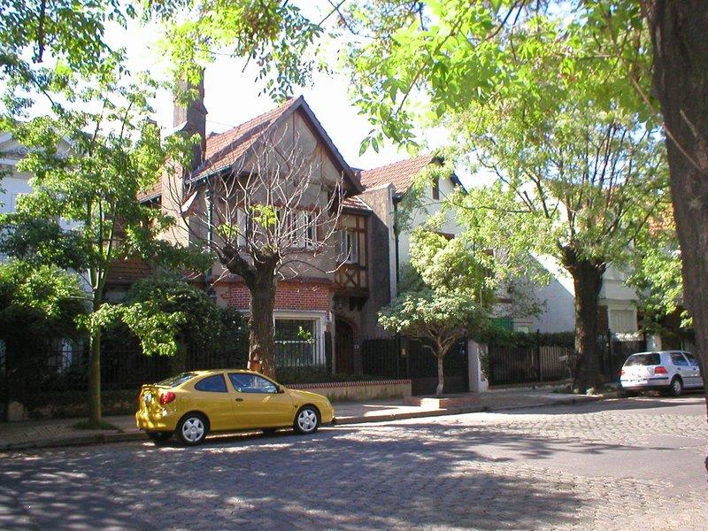 File:Belgrano R, Buenos Aires.jpg
