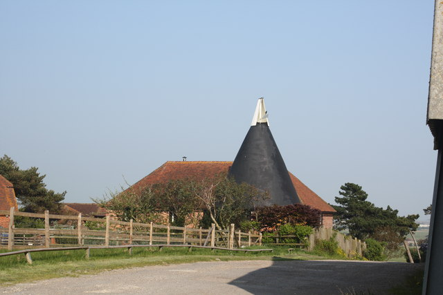 Cadborough Oast, Udimore Road, Rye, East Sussex - geograph.org.uk - 790668