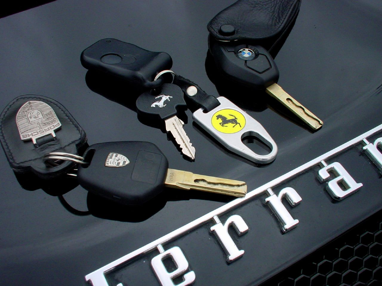 for replacement car keys for the ferrari