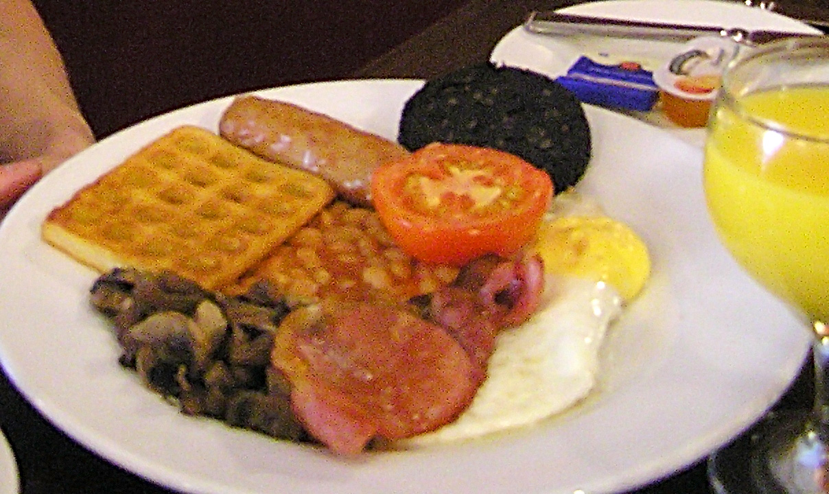 File:Cooked breakfast with potato waffle.jpg - Wikipedia, the free ...