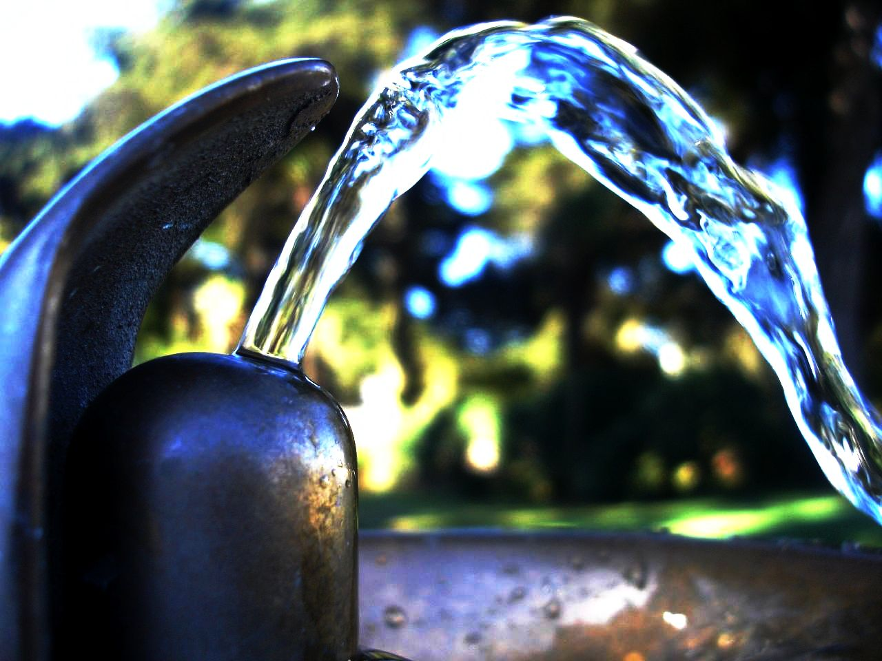 Drinking fountain - File Drinking Fountain Jpg