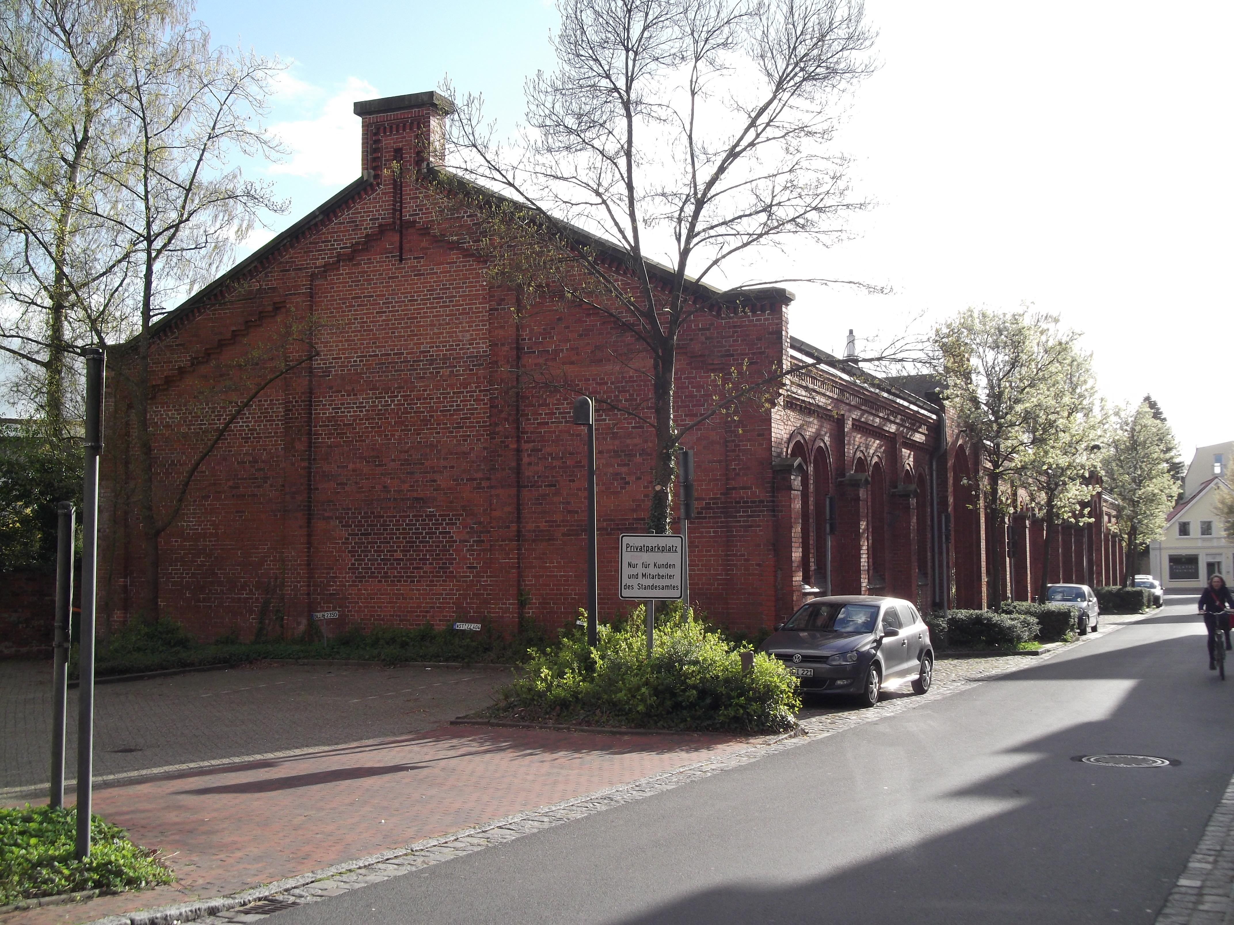 File:Exerzierhalle Oldenburg, Johannisstraße