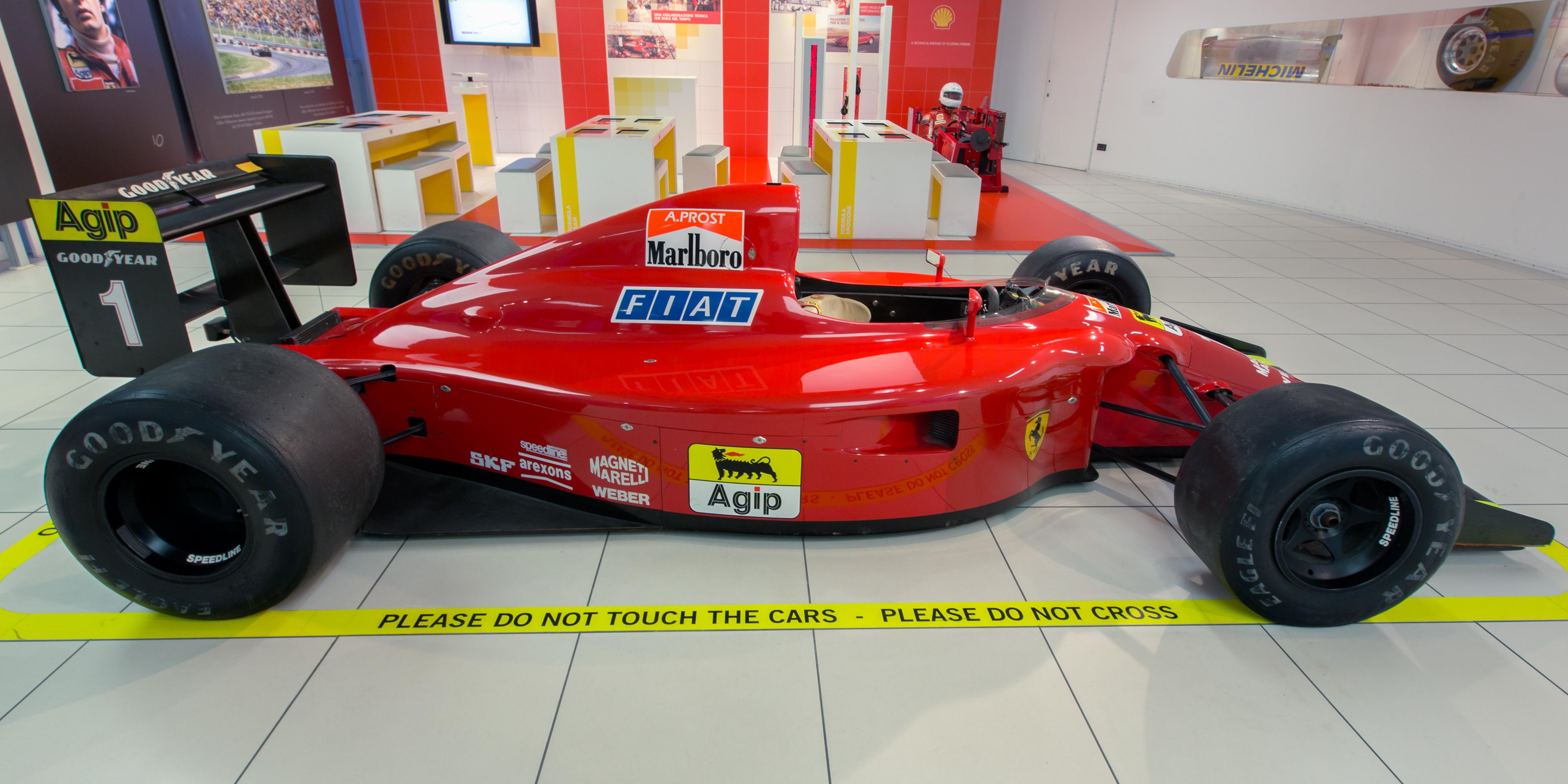 Ferrari_641-2_right_Museo_Ferrari.jpg