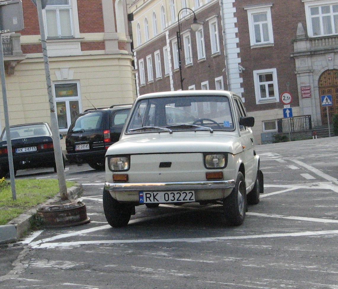 Fiat_126p_Krosno_1.JPG