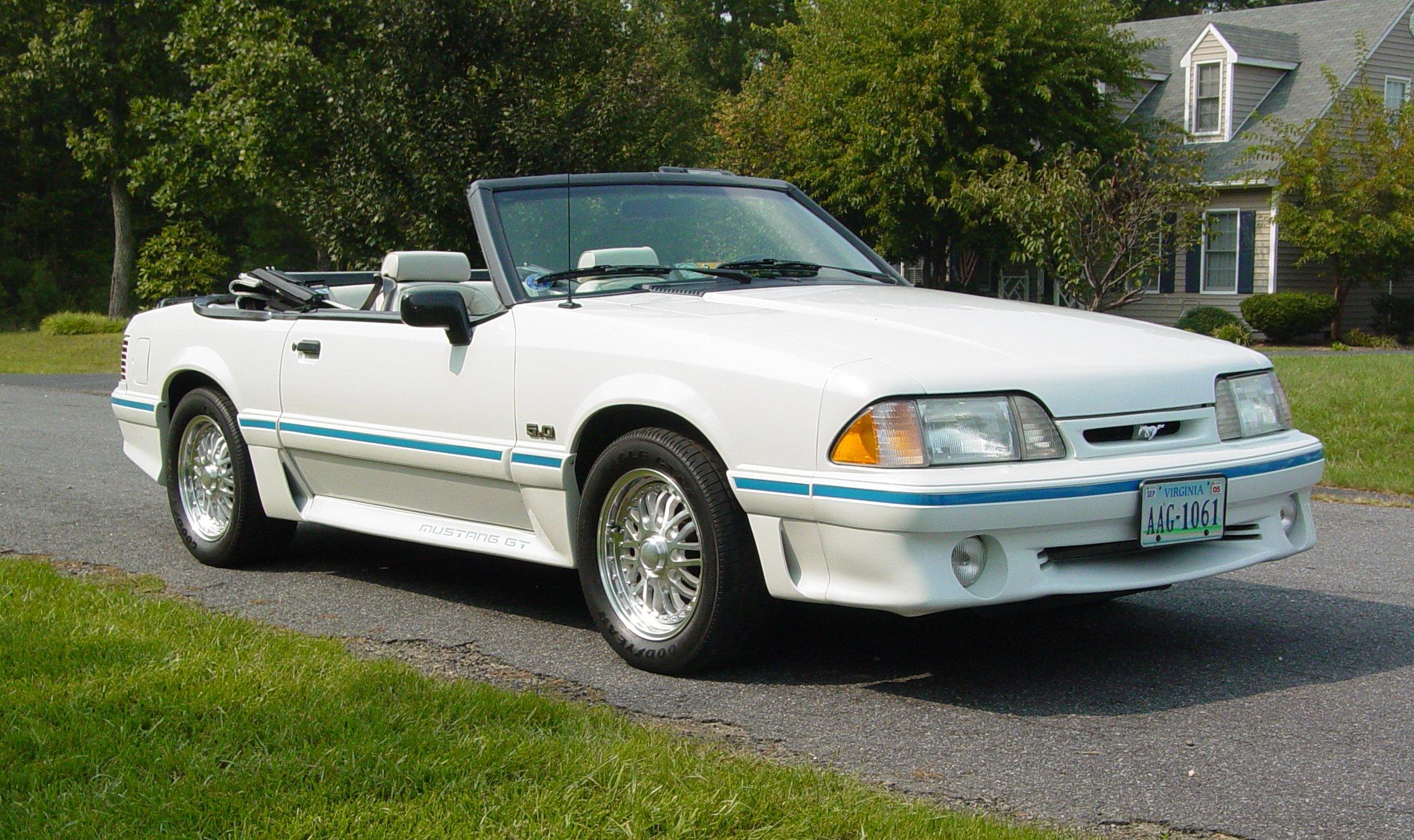 Archivo Ford Mustang Gt Convertible Third Generation Jpg Wikipedia La Enciclopedia Libre