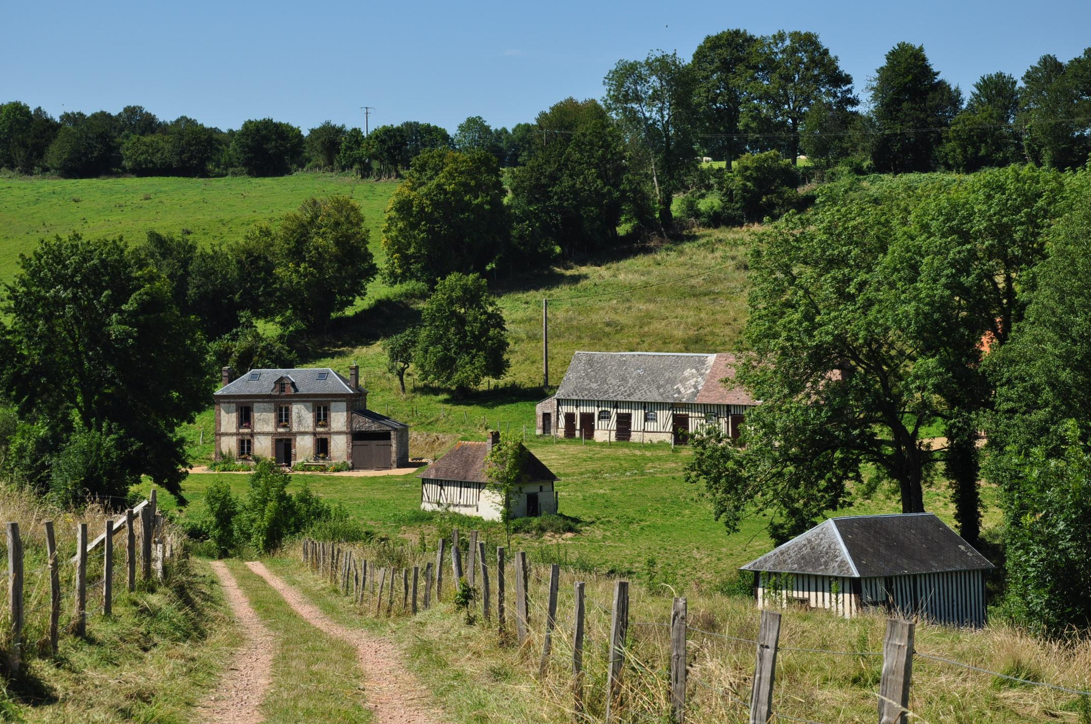 File:France, Calvados, Auquainville (3).JPG - Wikimedia