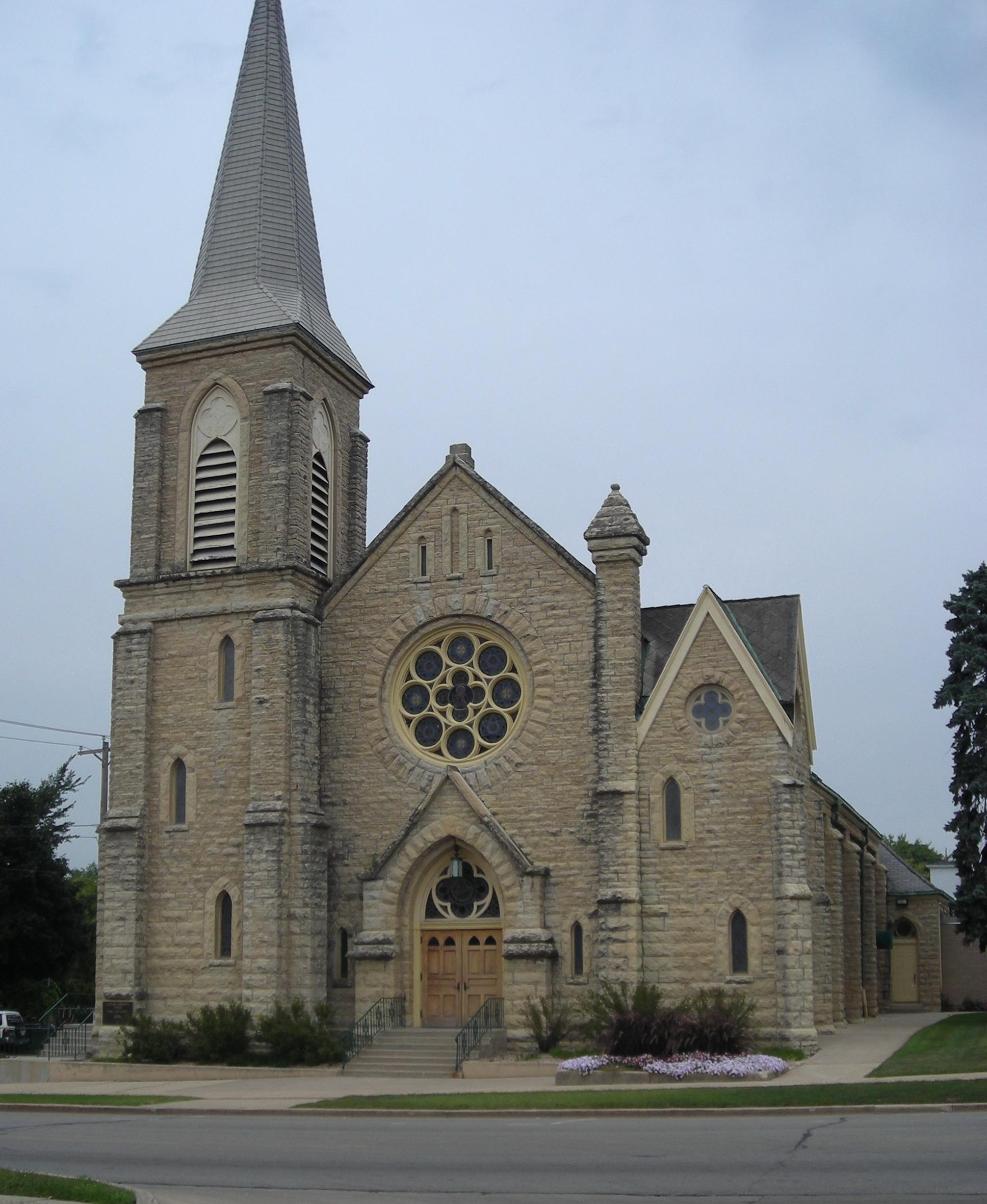 Messageofthecrosschurch Org: File:Holy Cross Church (Batavia, IL) 01.JPG