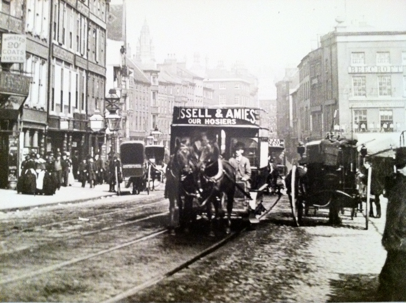 Horse_tram_on_Long_Row,_Nottingham.JPG