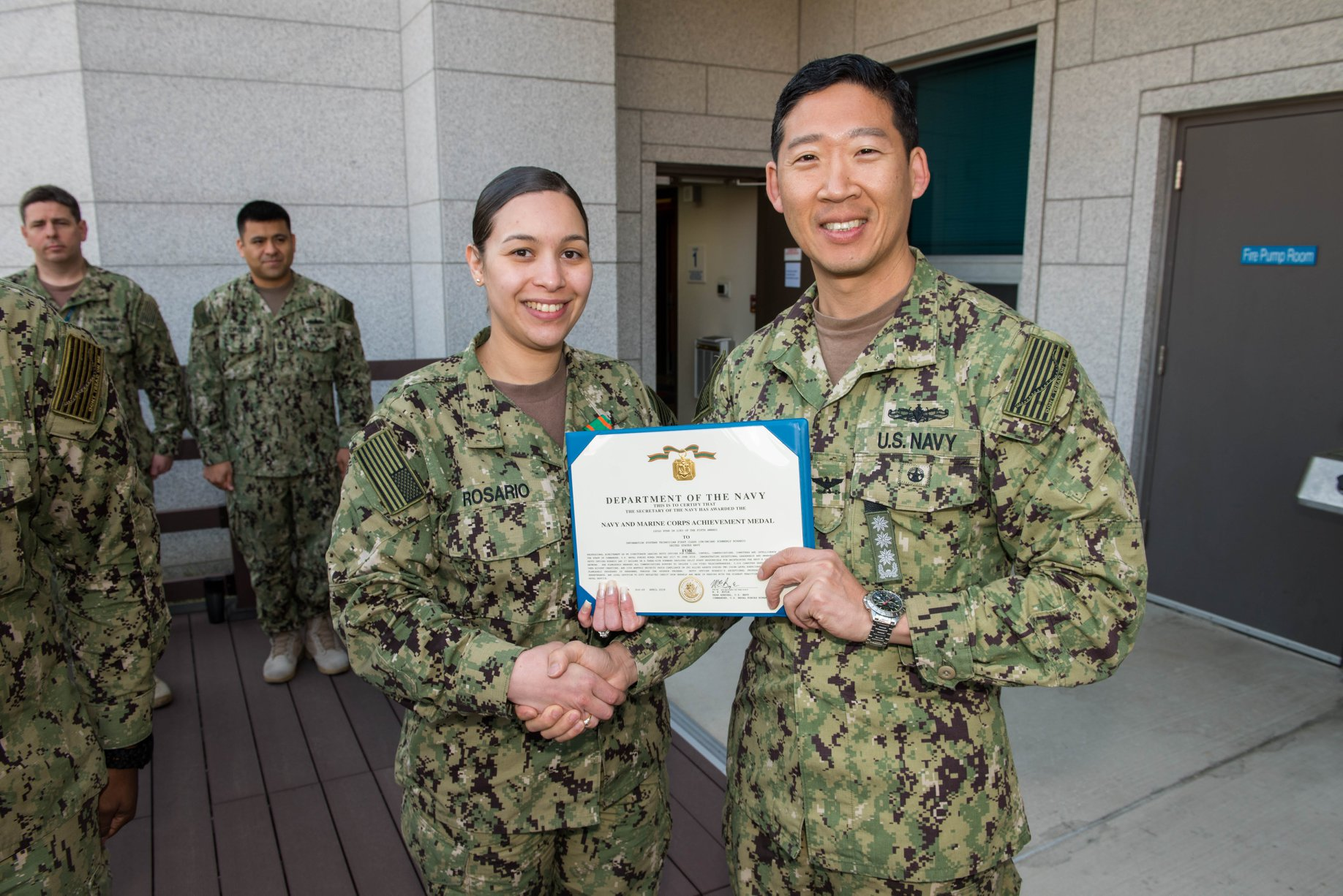 File:IT1 Kimberly Rosario awarded Navy and Marine Corps