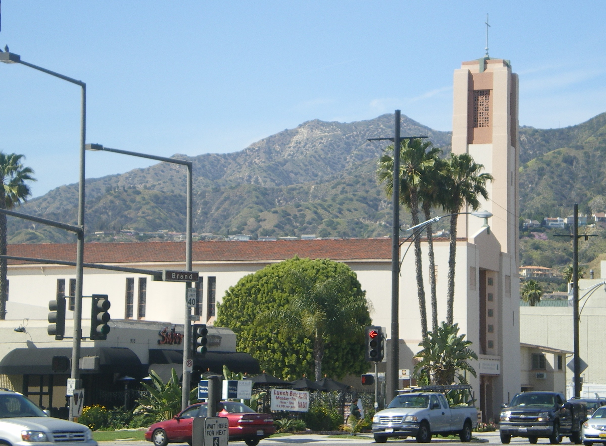 Incarnation catholic church and school glendale for The glendale
