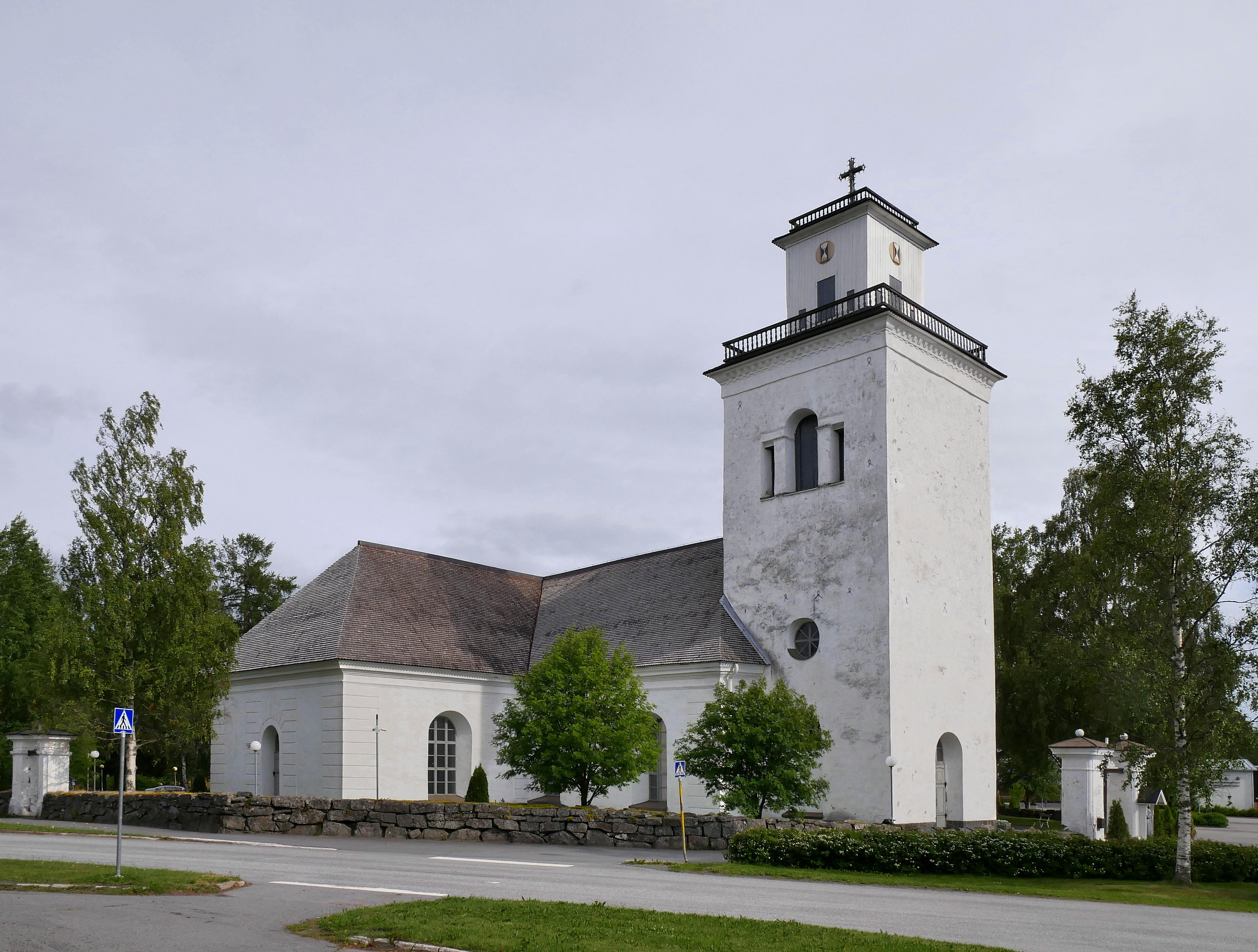 Kaarlela Church 20180705.jpg