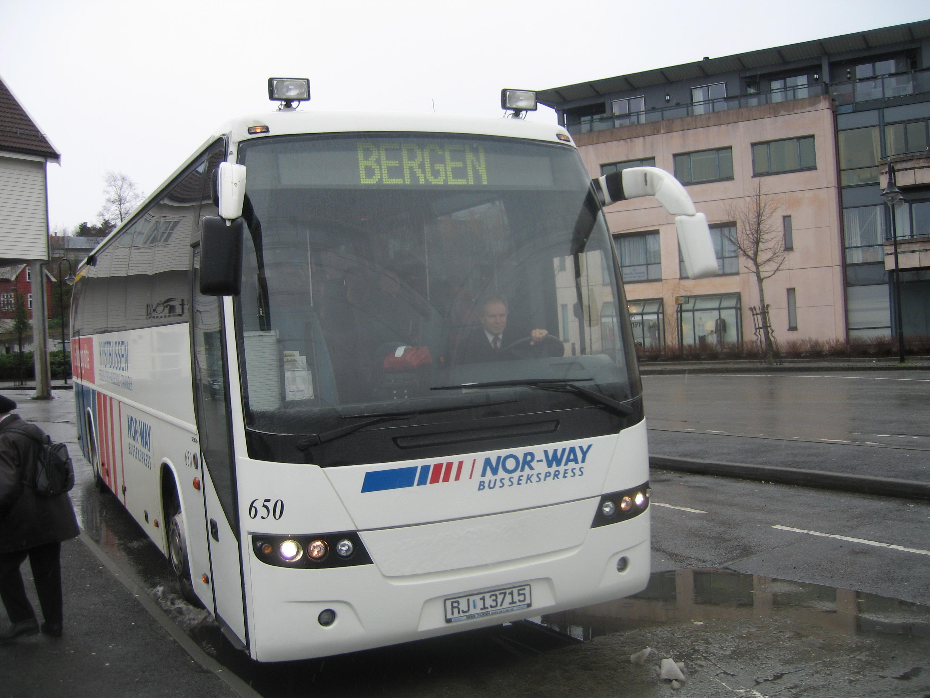 buss porsgrunn gardermoen