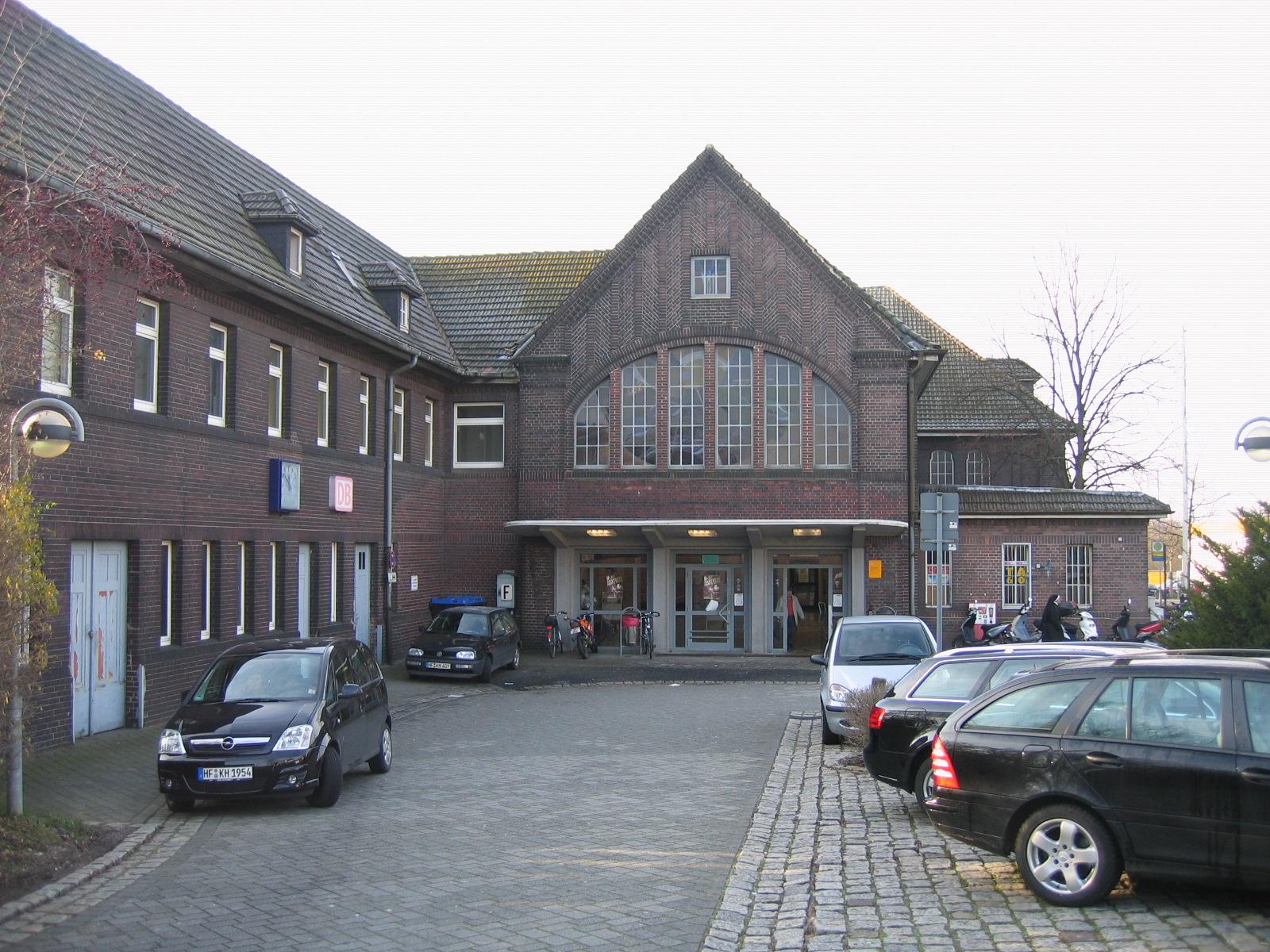 Bahnhof Löhne file löhne bahnhof 2009 12 16 jpg wikimedia commons