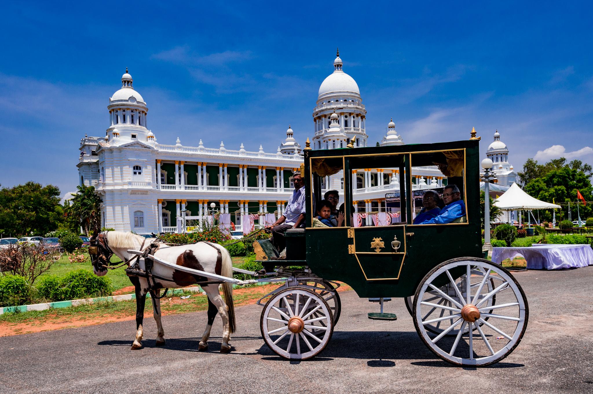 File Lalitha Mahal Palace Mysore Operational Horse Carriage