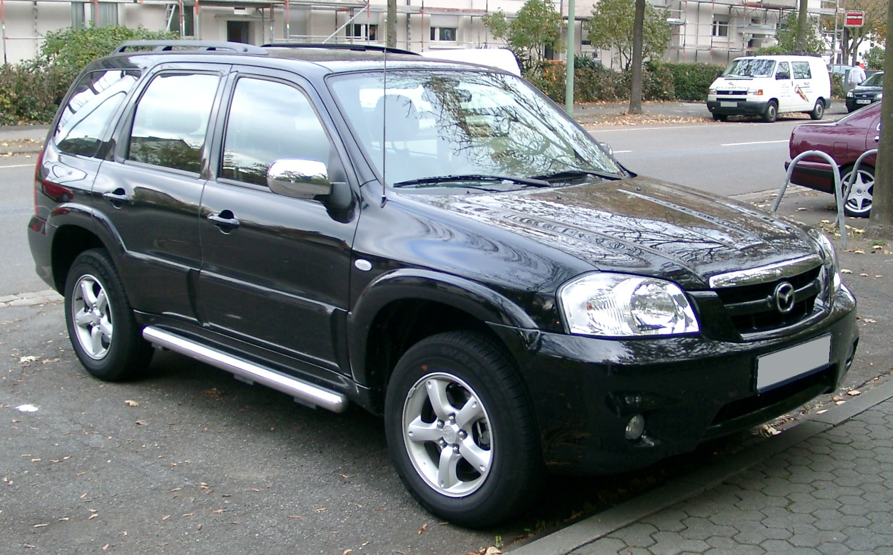 File:Mazda Tribute front 20071025.jpg - Wikimedia Commons