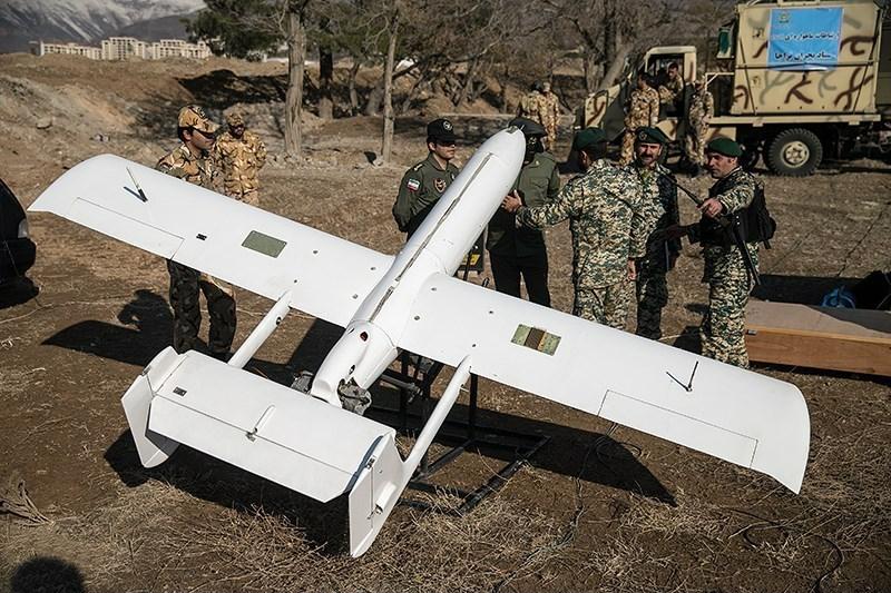 Αnti-drone warfare - Page 2 Mohajer-2_2014