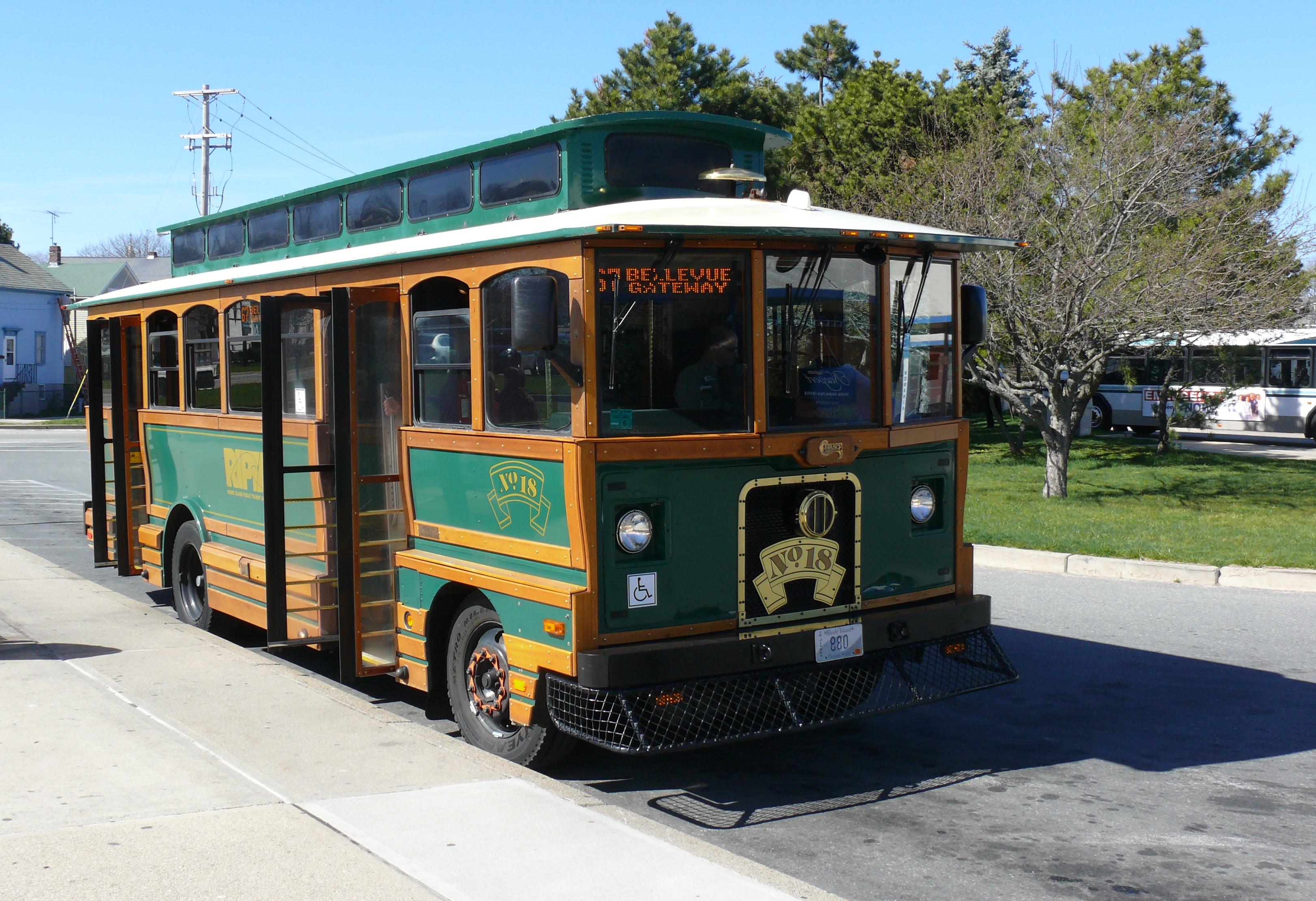 File:Newport Bus.JPG - Wikimedia Commons