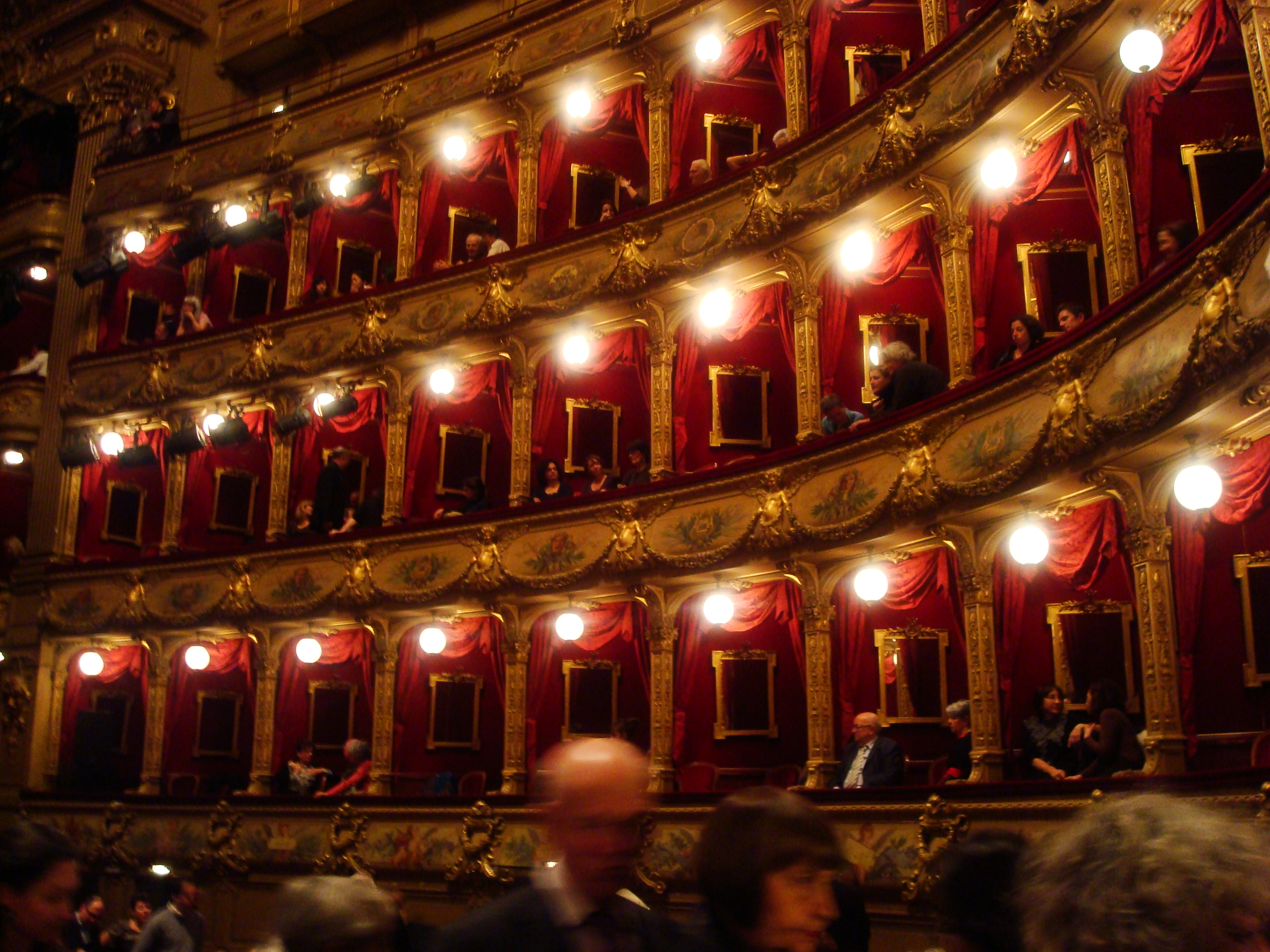 File opera nice wikimedia commons for Interieur cours nice