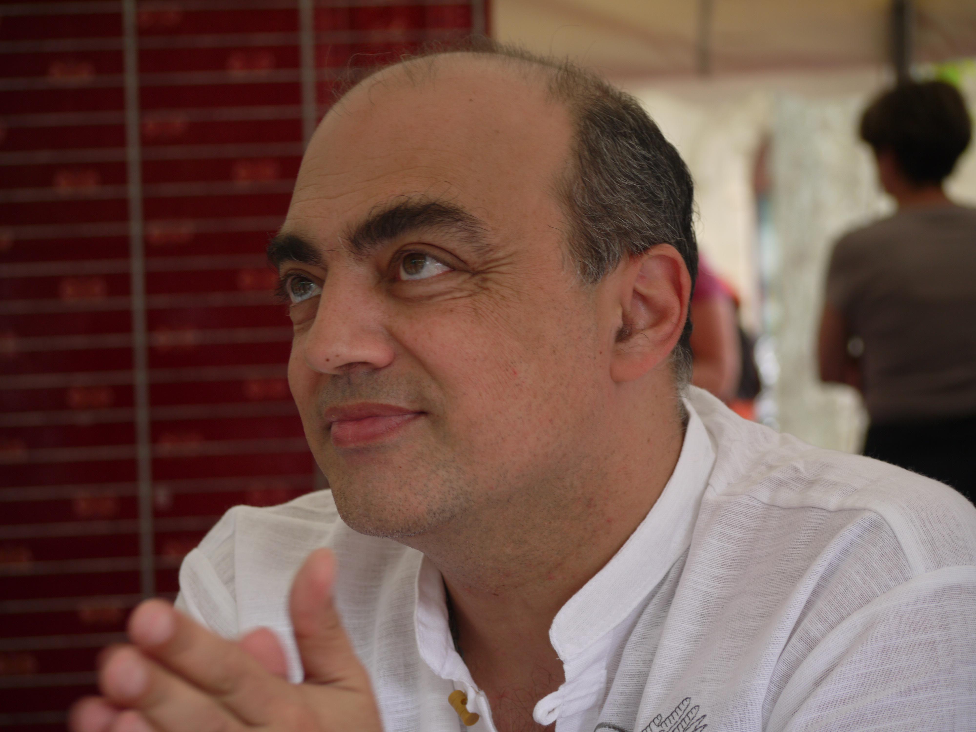 http://upload.wikimedia.org/wikipedia/commons/b/ba/P1070963_-_Pierre_JOVANOVIC.JPG