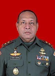 Pangdam XVII Cenderawasih Herman Asaribab.jpg