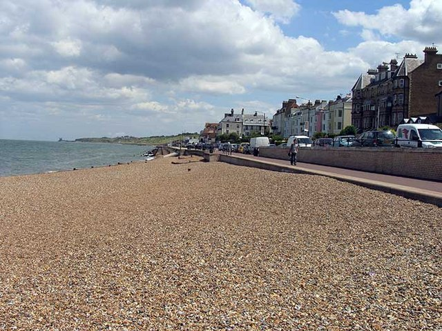 Seafront, Herne Bay - geograph.org.uk - 858157