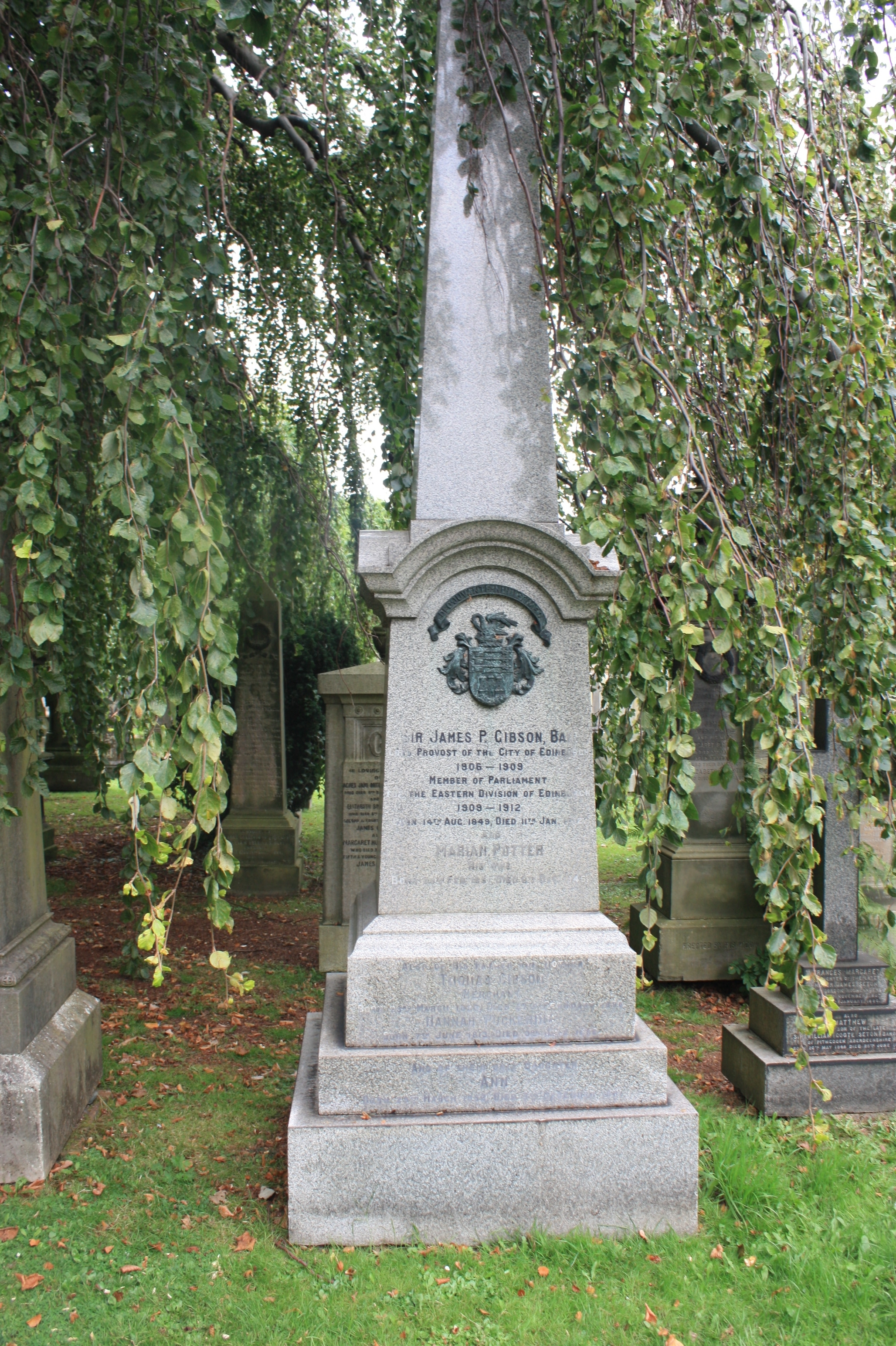 File:Sir James Gibson's grave, Dean Cemetery JPG - Wikimedia Commons
