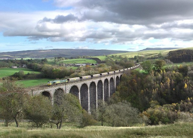 Smardale Viaduct - geograph.org.uk - 598862