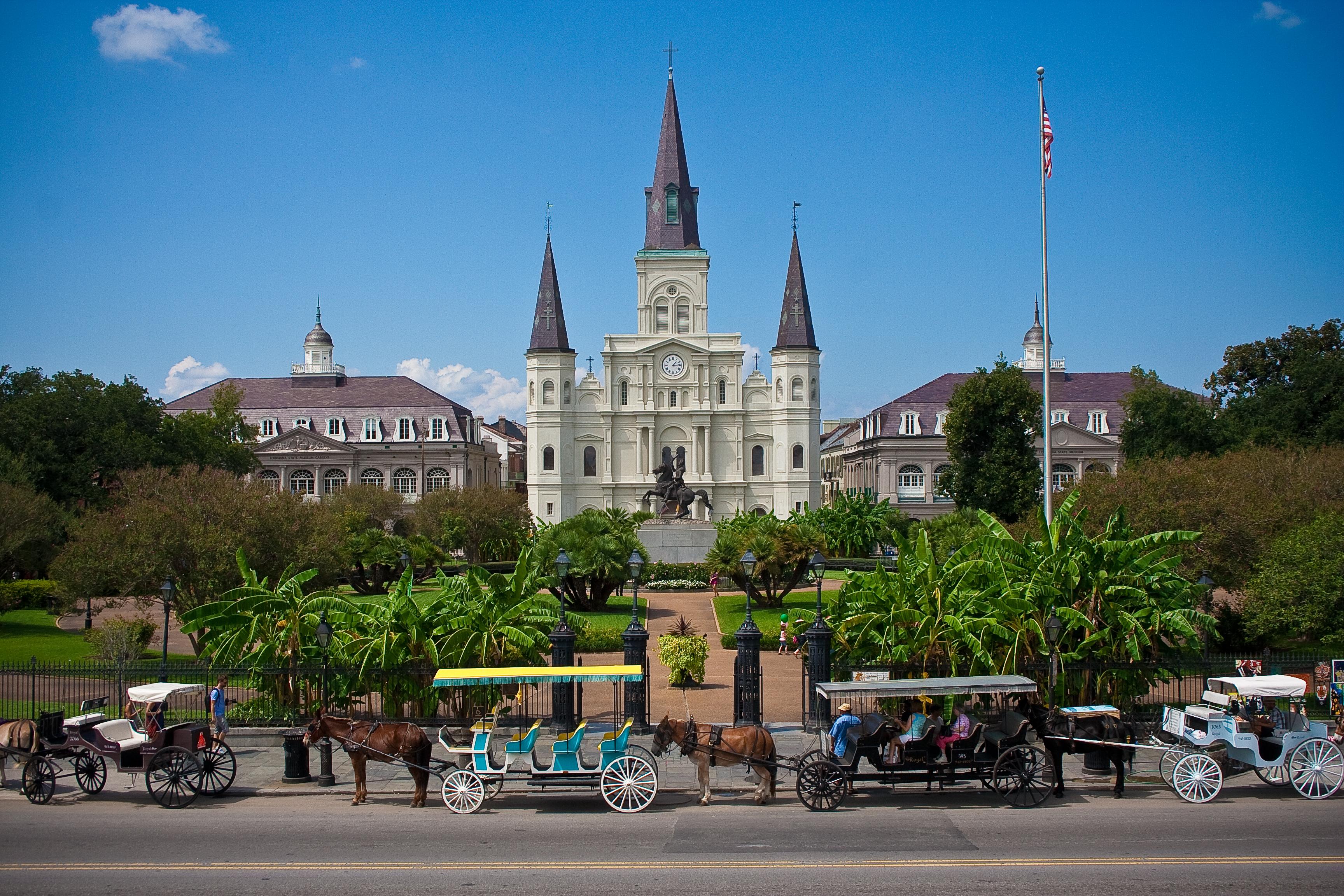 Crónicas Fénix:  Tinieblas en la Noche - Página 4 St._Louis_Cathedral_(New_Orleans)