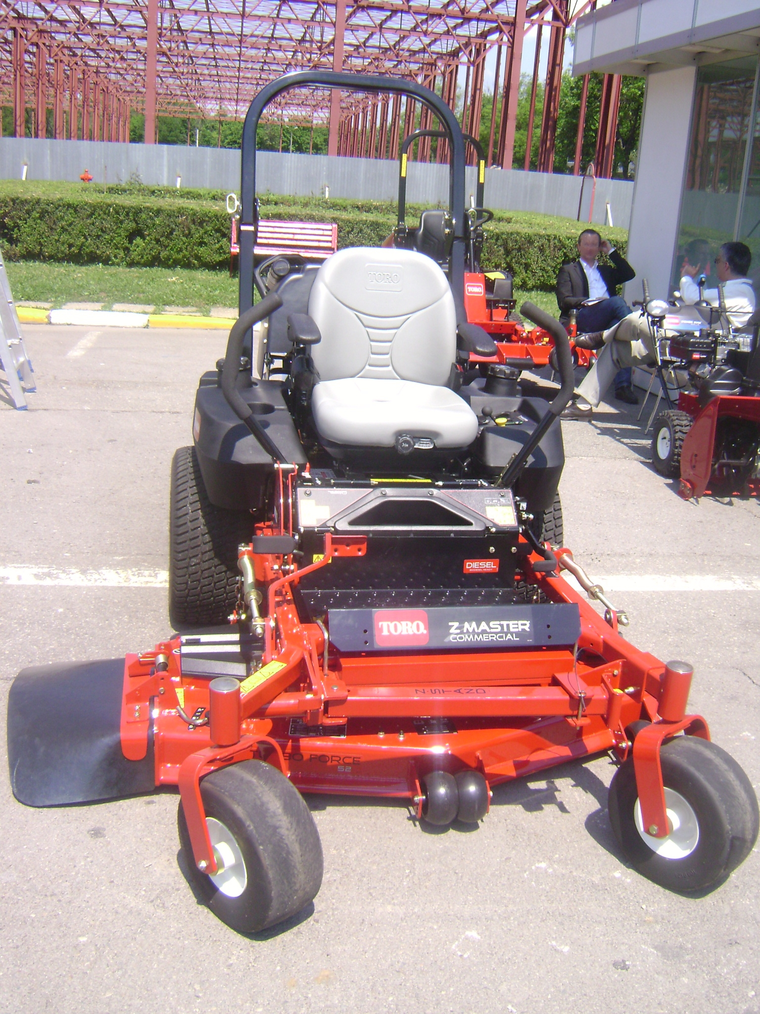 Craftsman Briggs Stratton 675 Mower besides John Deere 68 Riding Mower Belt Diagram 464044 furthermore Adx3s Drive Belt Off Husqvarna 46 Zero Turn also 33146 Wheel Horse Super Stock Pulling Tractor likewise Watch. on old toro mowers