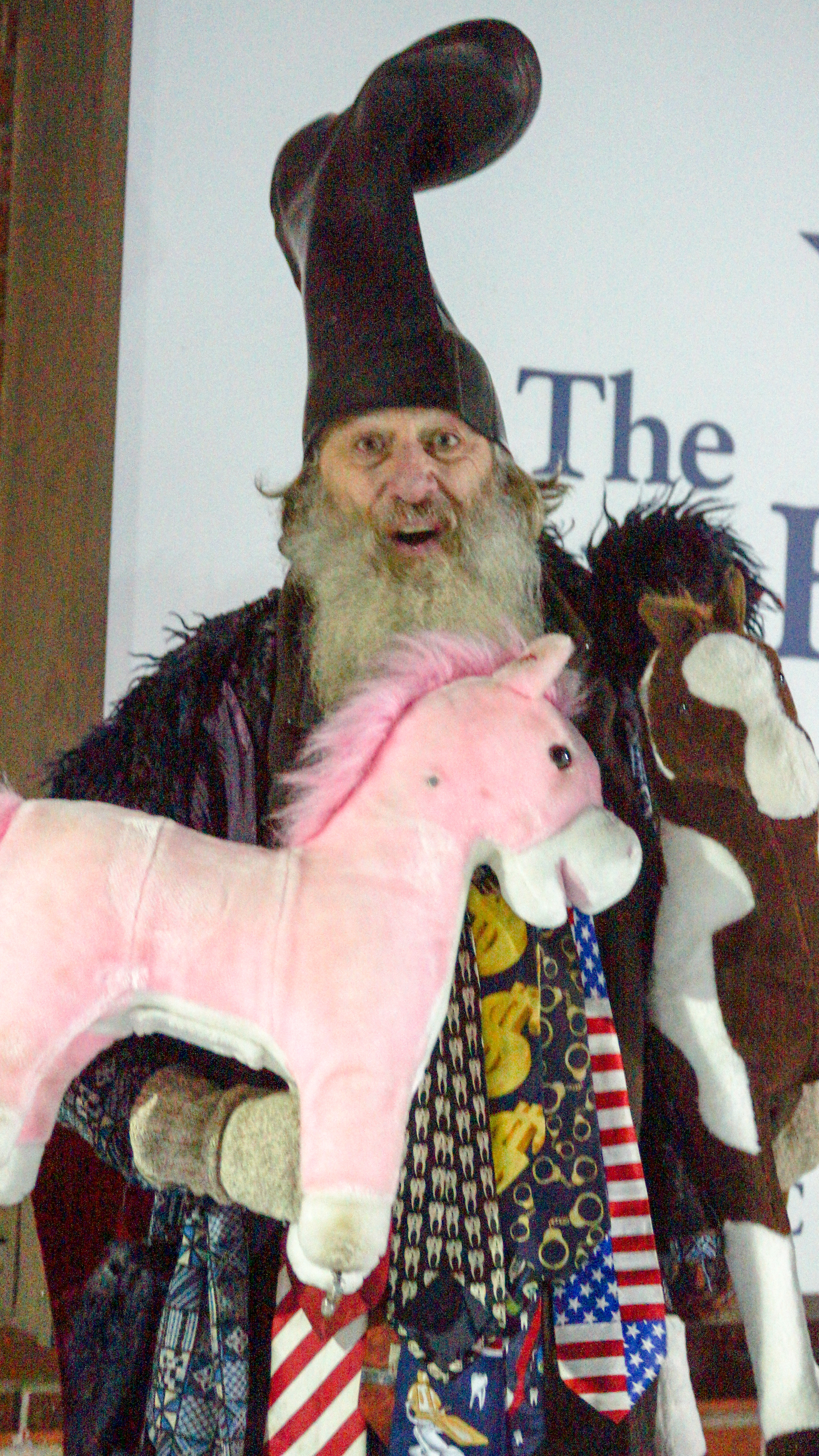 2b5d12ea8b2 File Vermin Supreme with ponies 2.jpg - Wikimedia Commons