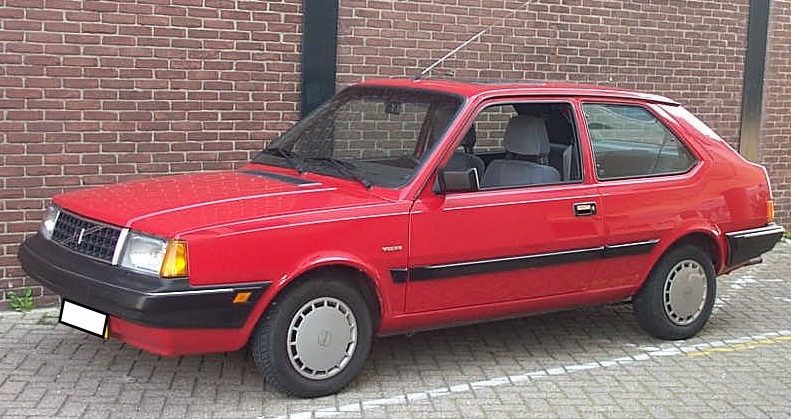 THE CHAT ROOM! - Page 20 Volvo_340_GL_1990_red