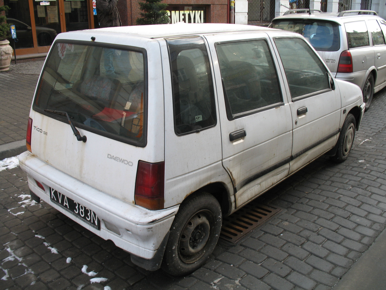 EDICOLA AUTOLEGG066 Echelle 1/43 DAEWOO TICO 4 DOOR 1991 RED