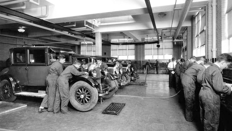 File:1917 - Allentown High School Auto Mechanic Shop Allentown PA ...