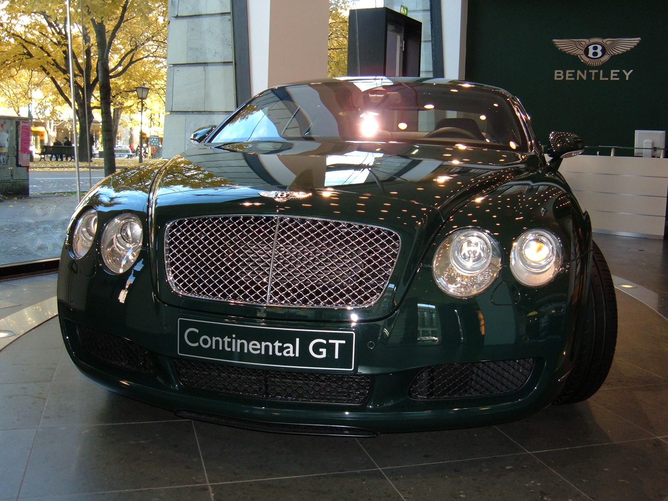 File:2005 green Bentley Continental GT front.JPG ...