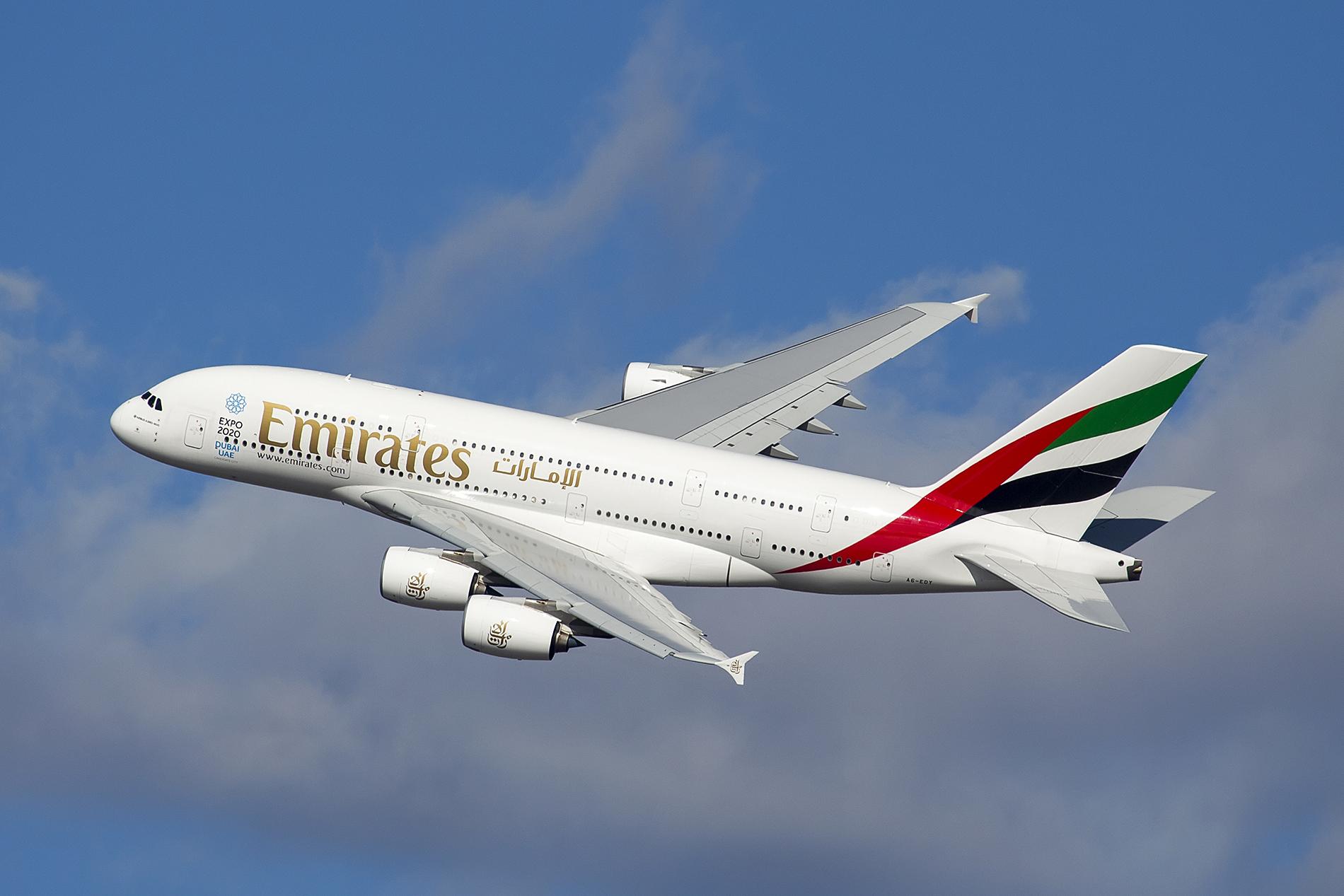 Bildresultat för emirates a380