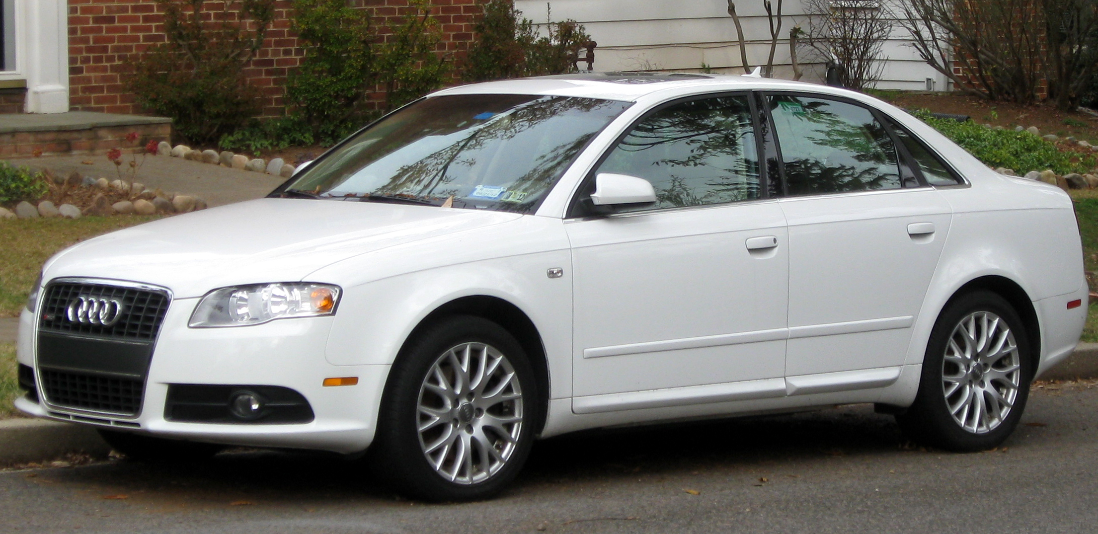 File audi a4 b7 sedan 11 26 2011 jpg wikimedia commons