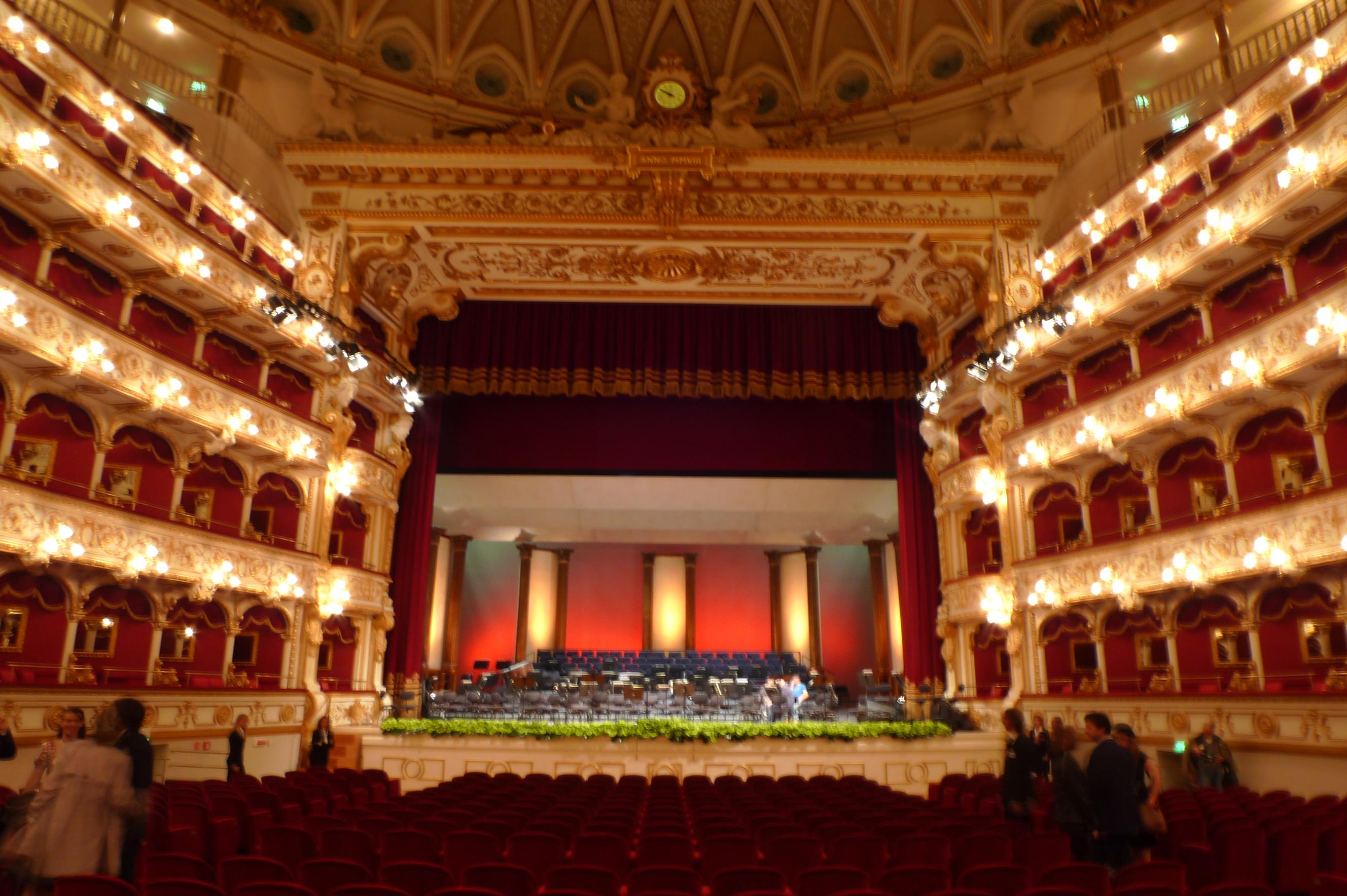 file bari teatro petruzzelli 2008 wikipedia