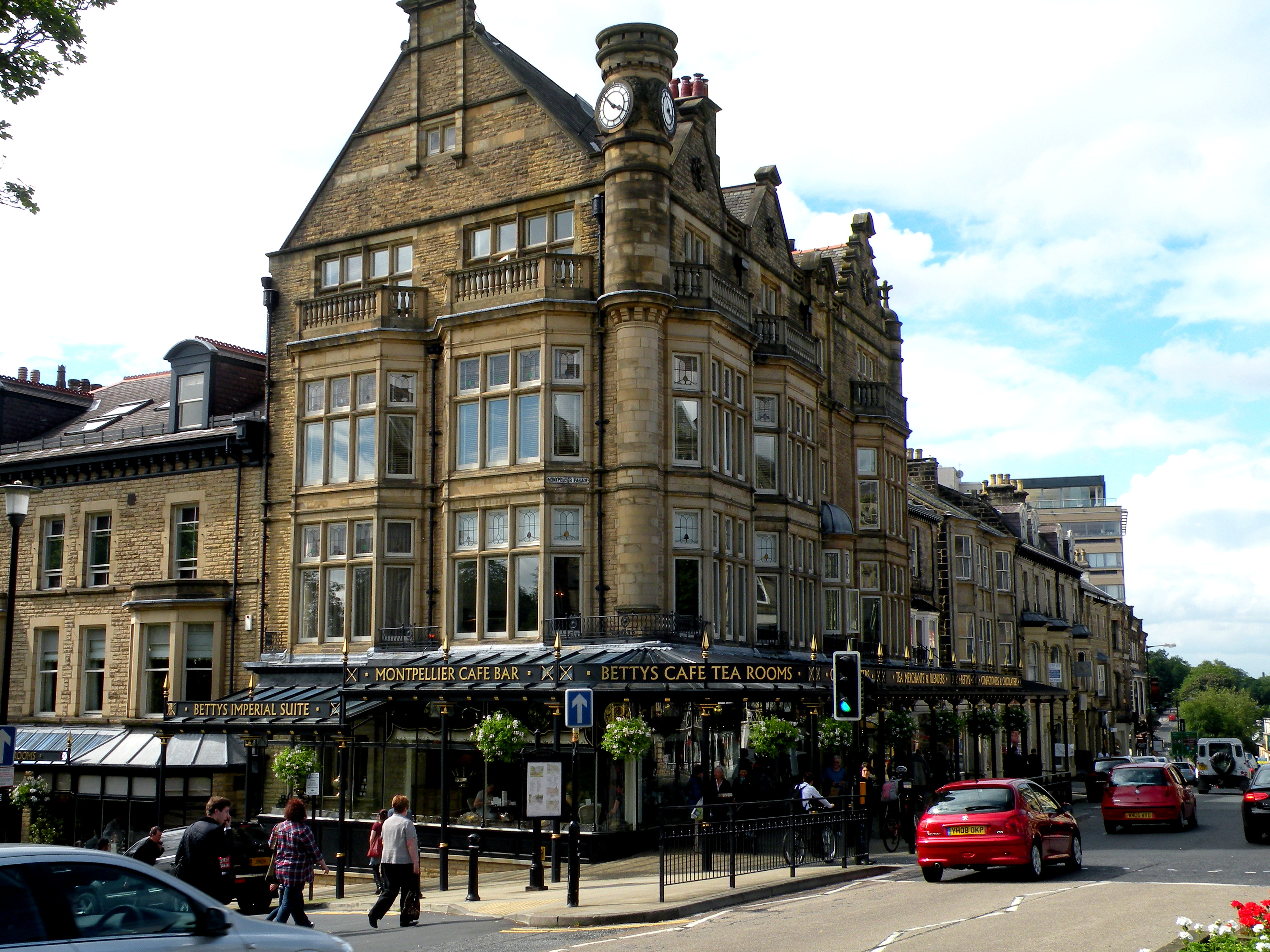 harrogate online dating Harrogate's sexy mature gilf grannies, cougars, seniors and hot milf's ready for sex chat and dirty dates in harrogate.