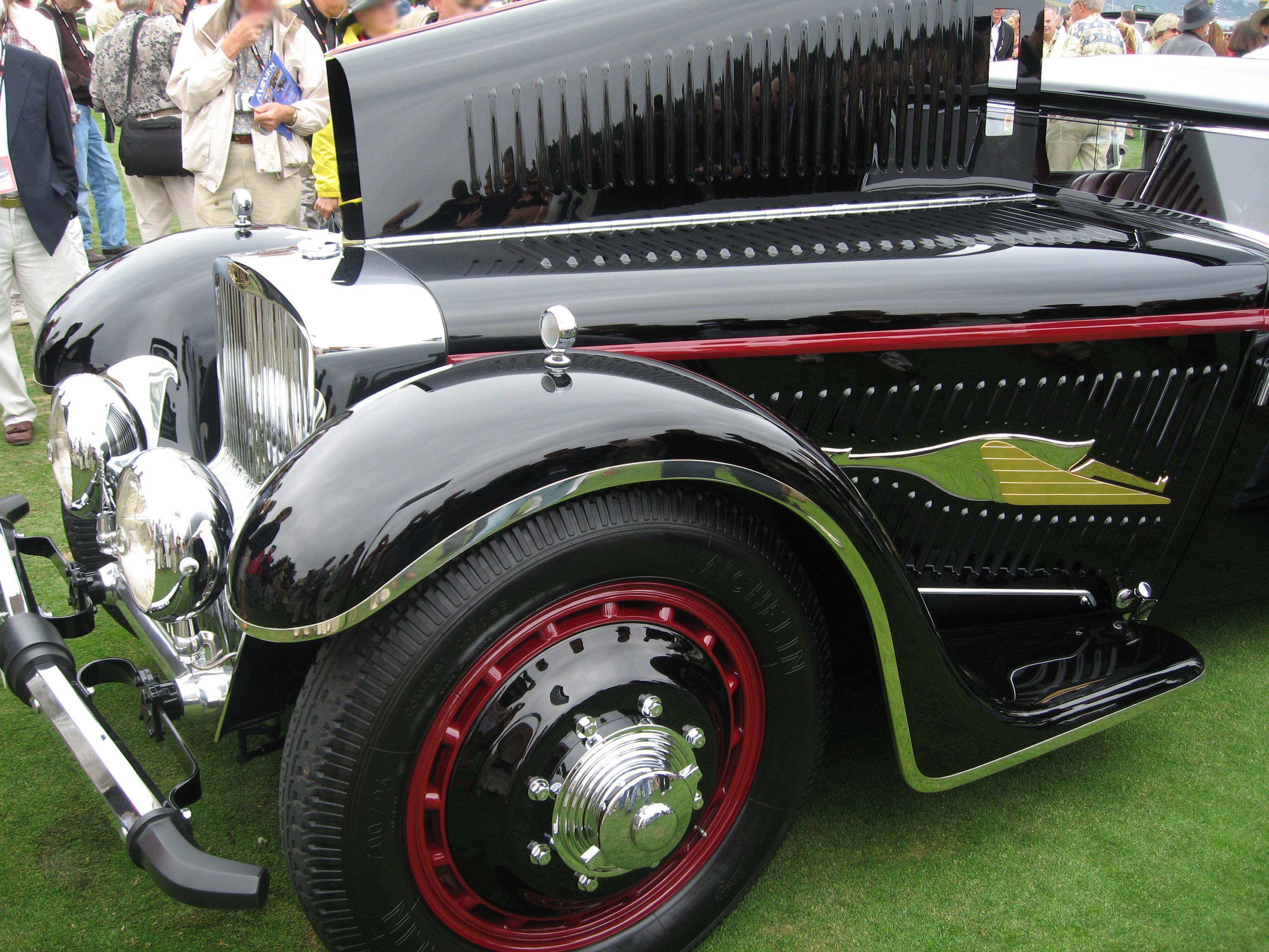 Pebble Beach Car Show Green Ribbon